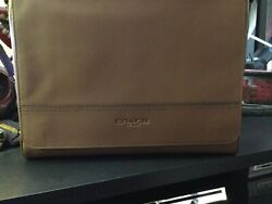 COACH Houston F68017 Messenger Leather Bag. Color Brown NEW. Free Shipping. $199.99