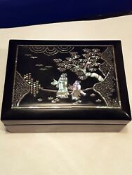 Antique Vintage Japanese Taizo Lacquer Box With Mother-of-pearl