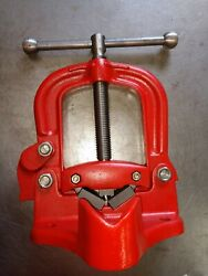 Reed Tool R3 Yoke Pipe Vise, 1/8 To 4-1/2 Inch New