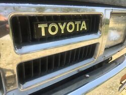 Toyota Pick Up And 4runner Replacement Grill Emblem Overlay Chrome 84 85 86