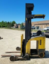 Crown Rr 5000 Series Electric Reach Truck 4,200 Lb Capacity 42'' Forks Sideshift