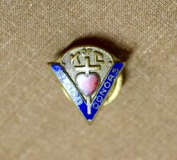 Vintage Knights Of Columbus Blood Donors Pin-bastian Bros, Enameled V And Heart