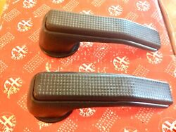 Alfa Romeo Spider Door Handle Set Of 2 With Trim Rings P And D 1986 To 1994