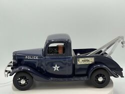 Vintage Jim Beam 1935 Police Tow Truck/wrecker Decanter Never Used Nice