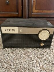Vintage Zenith Radio - Parts Or Restore As-is Untested Missing Power Cord