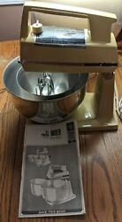 Vintage 60-70's General Electric D2m46 Stand Mixer With Bowl's 12 Speed Blender.