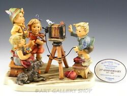 Hummel Goebel Large Figurine 25th Anniversary 2100 Picture Perfect Mint In Box