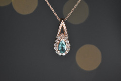 Color Changing Alexandrite And Diamond Pendant In 14k Gold Natural Alexandrite