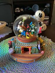Disney Mickey Mouse Musical Snow Globe 100 Year Of Magic Share A Dream Come True