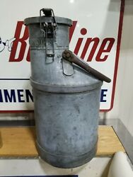 Vintage Standard Oil Of Indiana 5 Gallon Gas Pump Calibration Can Rare Early