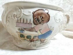Antique/vintage Lg Childs Chamber Pot Commode Pot Pottymom N Dad Bears