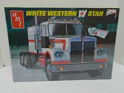 Amt White Western Star Conventional Truck 125 Scale Plastic Model Kit