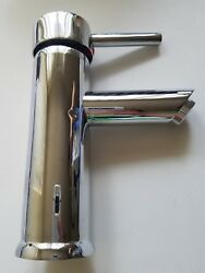 Symmons Dia One-handle Single Hole Bathroom Faucet With Pop-up Drain And Lift Rod,