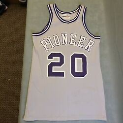 Spartan Ann Arbor Pioneer Menand039s Game Worn Basketball Jersey 20 Size 40 - Used