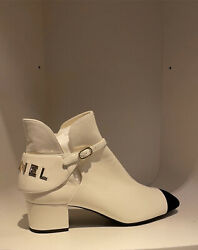 New Ankle Boots Lambskin Ivory And Black Size 395 Sold Out Vv
