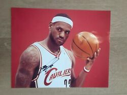 Lebron James Autographed Signed Cleveland Cavaliers 8x10 Photo Very Rare