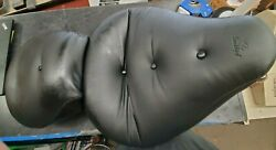 Mustang 75502 Seat For Harley-davidson 84-99 Wide Regal Touring One Piece Seat