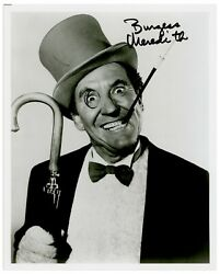 Burgess Meredith Signed 8 X 10 Photo As The Penguin