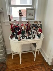 Byers Choice Collectibles Skaters Carolers Dogs Set Of 18