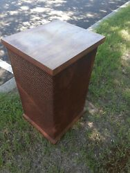 Vintage Pair Of Electrostatic Sound Systems Ess Vii Speakers