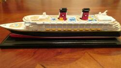 New Official Genuine Disney Cruise Line Dcl Scale Model Ship Replica Wonder