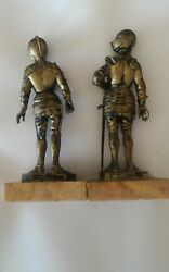 Lotto 2 Toy Soldiers Plastic Medieval Depose Classic Ref. Made In Italy