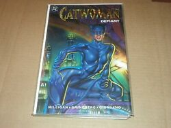 Catwoman Defiant 1992 Dc Comic Book Graphic Novel -embossed Cover -w-free Photo