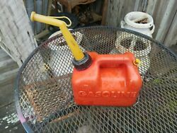 Vintage Chilton P10 1 Gallon Gal. Vented Plastic Gas Can Container Made In Usa