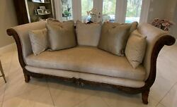 Bassett Furniture Upholstered Sofa With 7 Decorative Pillows