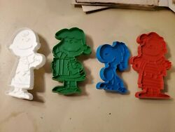 Vintage Cookie Cutters Peanuts Snoopy Lot Of 4 Cutters Charlie Brown Lucy Linus