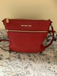 michael kors pebbled leather crossbody 10x10 red excellent $62.50