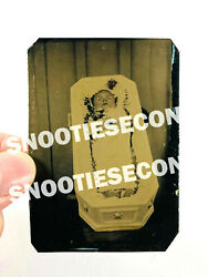 Stunning Antique Post Mortem Baby Child In Coffin Funeral Tintype Photo 1/6th