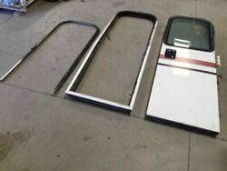 00 Freightliner Discovery Motorhome Rv Right Front Entry Door Assembly W Mounts