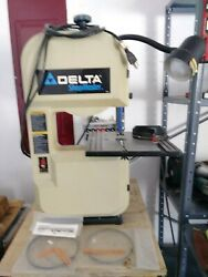 Delta Shopmaster Bandsaw With Light And Extra Blades-used Once