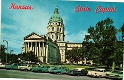 Vintage Postcard - Kansas State Capital Building With Antique Cars Topeka 3405