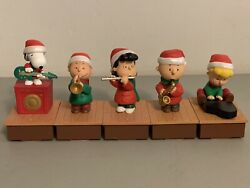 Hallmark Peanuts Wireless Band Complete 5 Christmas Interactive 2011 Works Great