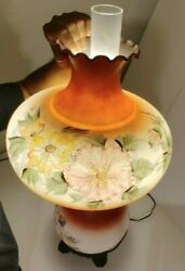 Beautiful Victorian Parlor Lamp Hand Painted Glass Antique Vintage Wick Mint Co