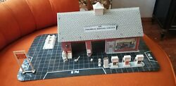 1960s Marx Tin Litho Service Colonial Gas Station