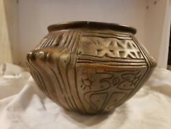 Antique/vintage Estate Carved Mexican Mayan/ Aztec Clay Pottery Pot