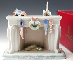 Lladro Figurine Night Before Christmas Up The Chimney He Rose 6668 Mint In Box