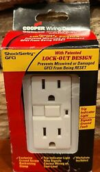 New Cooper Wiring Devices Shock Sentry White Wall Outlet Gfci With Trip Light