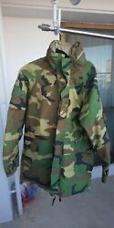 [real] Us Army Ecwcs Gore-tex Parker Woodland Dead Unused S / R 0930 1111