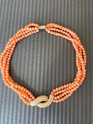 Special 9/9 Price Coral Bead Necklace In Yellow Gold And Diamond Setting