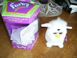 1998 Furby 70-800 Electronic New In Box