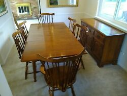 Heywood Wakefield Dinning Table 2 Leafs 6 Chairs And Buffet Windsoor Style Vtg