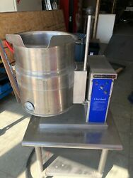 Cleveland Electric 20 Qt. Steam Jacketed Kettle With Stand, 3 Phase Ket-6-t