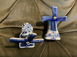 Delft Holland Windmill Salt And Pepper Shakers Vintage Spinning Blade Blue White