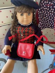 1996 Molly Mcintire American Girl Doll, Steamer Trunk, And Accessories. 400 Obo