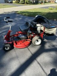 Snapper 28084s Riding Lawn Mower With Bagger And Thatcherizer- Local Pickup Only