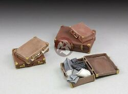 Royal Model 1/35 Assorted Suitcases Luggages 5 Valises [diorama Model Kit] 664